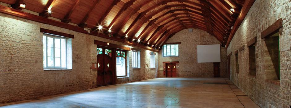 abbaye de notre dame de cercanceaux location salle pour mariage. Black Bedroom Furniture Sets. Home Design Ideas
